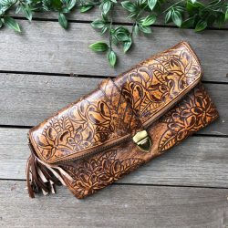 HAND TOOLED FLOWER & ZIP CLUTCH