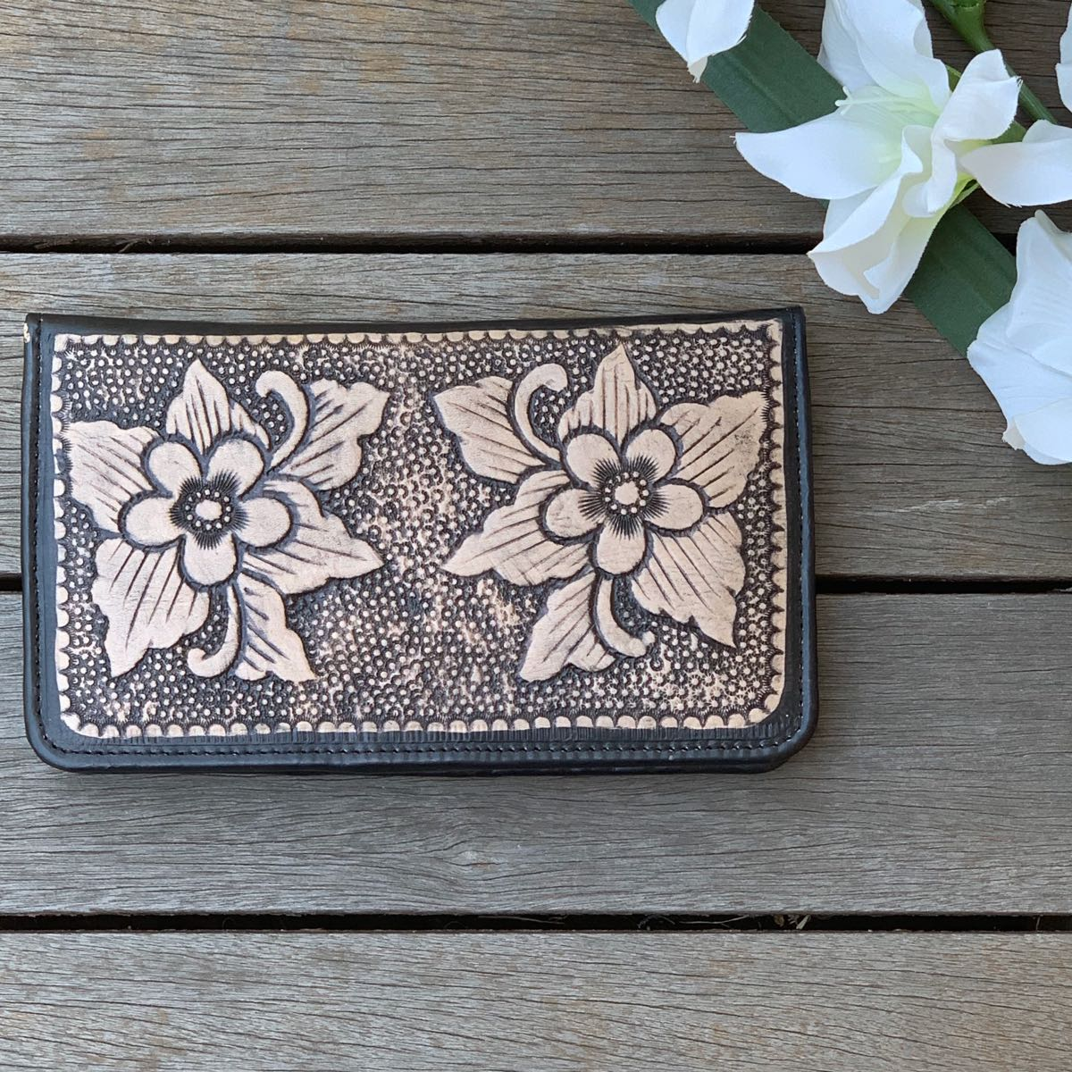 HAND TOOLED FLOWER FLAT WALLET