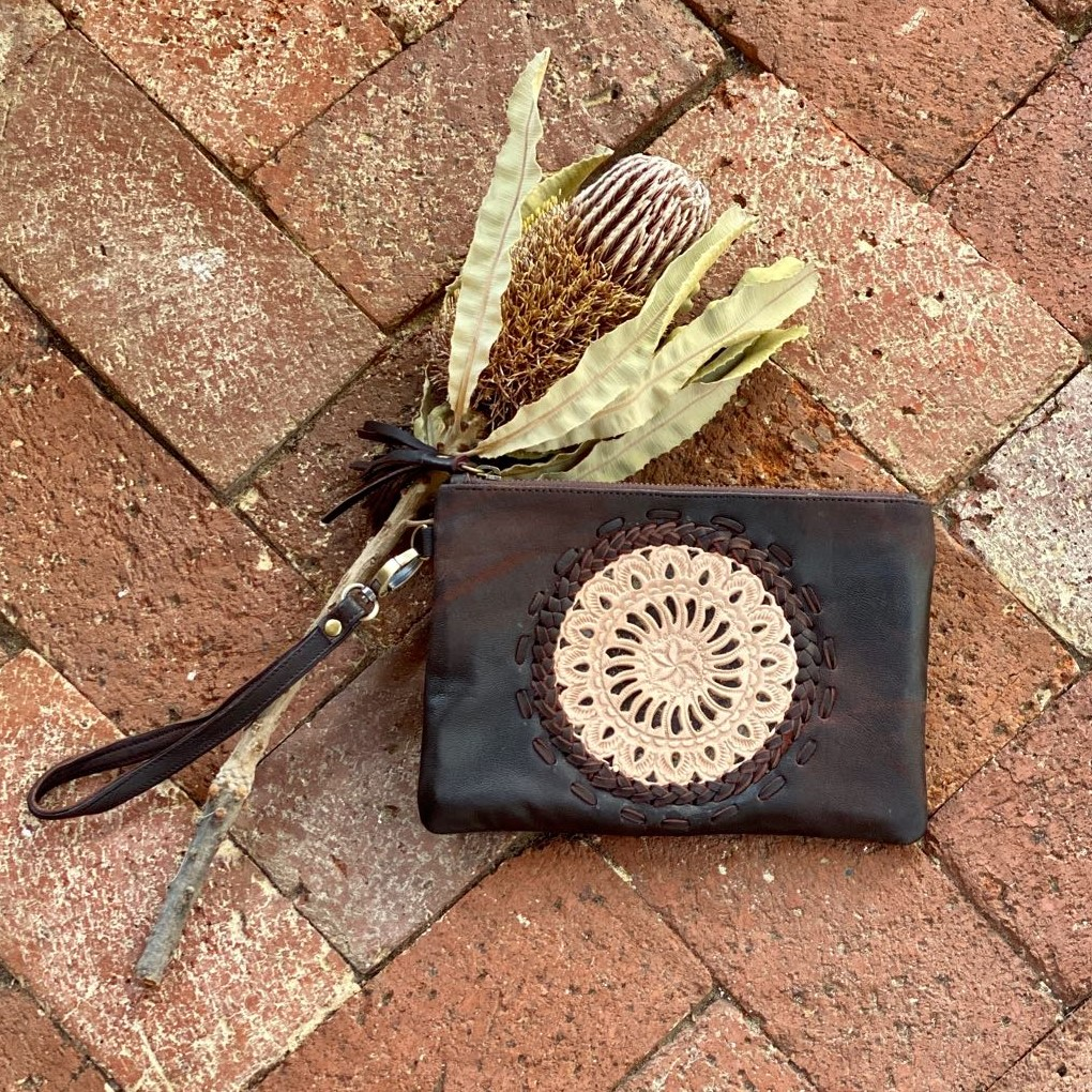 WILLOW TASSEL CLUTCH